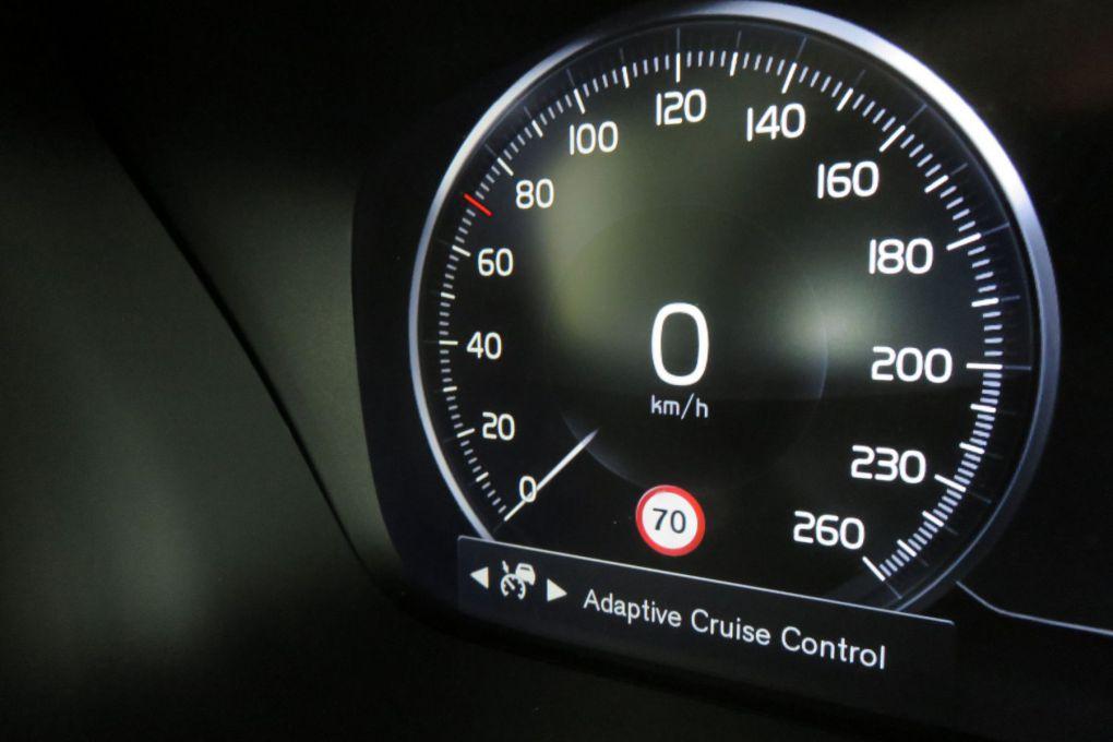 VOLVO V60CC NEW D4 AWD