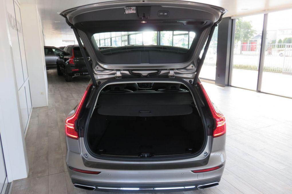VOLVO V60 NEW T6 AWD