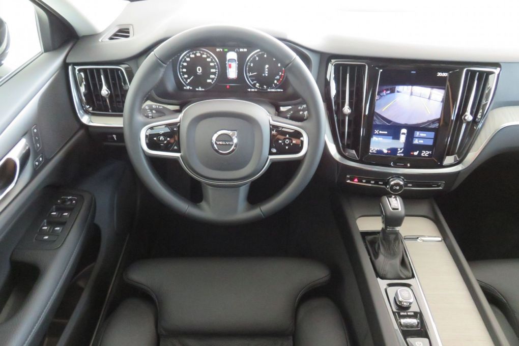 VOLVO V60 NEW T6 AWD
