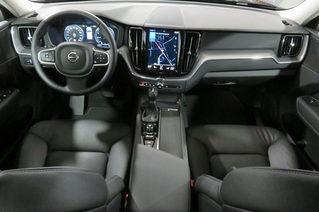 VOLVO XC60 NEW T5