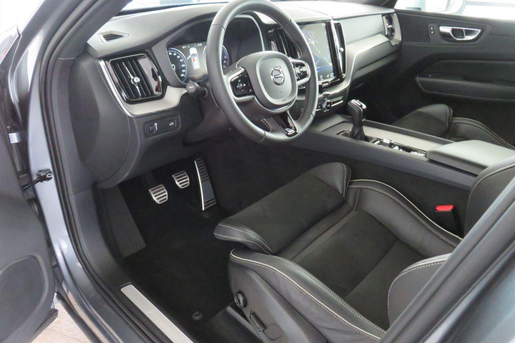 VOLVO XC60 NEW D3